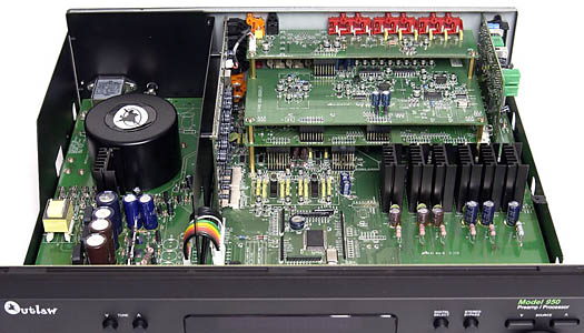 Outlaw Audio Model 950 Preamp Processor and 7100 Amplifier Review