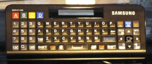 Samsung-QWERTY-remote-WEB.jpg