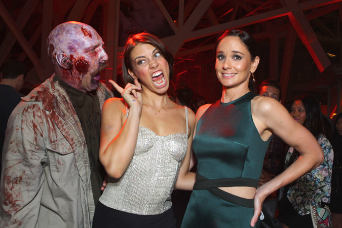 The Walking Dead (and the hotties) at Comic- Con.